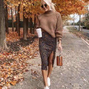 NWOT Dalmatian Dots Print high rise Midi Skirt